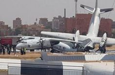 Two military transport aircraft collided at Khartoum airport in Sudan - Fighter Jets World Pista, Military Aircraft, Fighter Jets, Transportation, Aviation, African, Shit Happens, World, Sudan