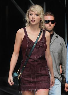 """cleanight: """" """" August 8 - Arriving at her apartment in New York City """" """""""
