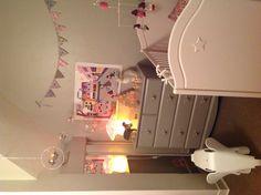 lief bedje. kids room, rabbit and mushroom lamps.