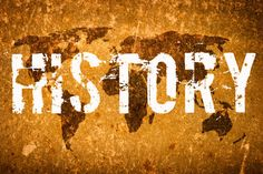 Asisto a la clase de historia a las diez y cincuenta y cinco.La clase es útiles para el aprendizaje de mucha historia.