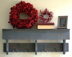Blanco lavado plataforma estante del gancho gancho estante by TheWoodGarageLLC | Etsy