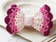Ombre hair bow - Crochet bow pattern. DIY cute lace accessory for hair