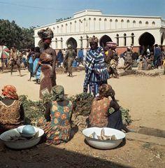 n'djamena chad | Photograph:Women shop at a market in N'Djamena, Chad.