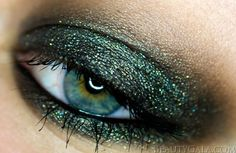 "Urban Decay Moondust Eyeshadow in ""Zodiac"""