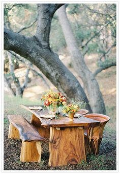 Image from http://www.100layercake.com/blog/wp-content/uploads/2012/11/rustic-fall-wedding-inspiration-3.jpg.