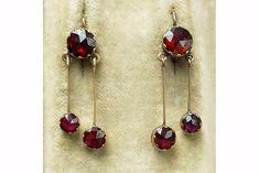USD 1590 Laeliusantiques.com 0718 Late 19th Century Perpignan Garnet Earrings Garnet Jewelry, Garnet Earrings, Drop Earrings, Georgian, French Antiques, Antique Jewelry, 18k Gold, 19th Century, Victorian
