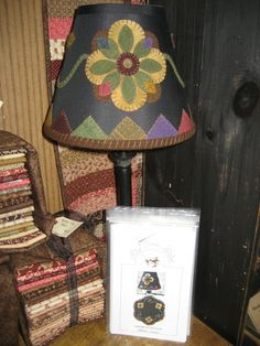 wool applique embellished lamp shade thats me Applique Stitches, Wool Applique Patterns, Felt Applique, Primitive Lamps, Primitive Fall, Primitive Snowmen, Primitive Crafts, Primitive Christmas, Wool Felt Fabric