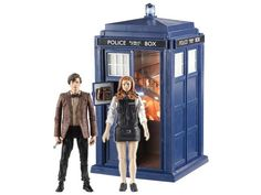 Tardis with Eleventh Doctor & Amy Pond