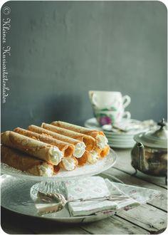 East Frisian New Year cake ~ Krülkoken Heart Healthy Desserts, Healthy Dessert Recipes, No Bake Desserts, Delicious Desserts, Easter Desserts, Skinless Chicken Recipe, German Baking, New Year's Cake, Filling Food