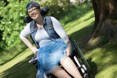 Wheelchair Fashion: Blue Sunday Wheelchair Fashion: Blue Sunday My take on boho, festival style & mermaid hair :) I loved doing a boho take on tulle rather than a classic high fashion Carrie Bradshaw, Sex in the City take on tulle
