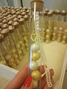 Μπομπονιέρες σε δοκιμαστικό σωλήνα Test Tubes, Wedding Favors, Pearls, Gifts, Diy, Jewelry, Wedding Keepsakes, Presents, Jewlery