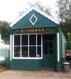 Vintage D.Thomas Shop: St Fagans National History Museum, Wales, 2011