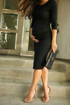 The HONEYBEE // Stuart Weitzman Ankle Strap Sandals #firstpregnancy #maternityoutfits #pregnancystyle