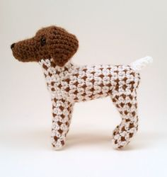 Are you the proud owner of a German Shorthaired Pointer? If so, show your pride with this mini! Standing at about 6 inches tall and 9.5 inches long (nose to tail), this little guy is the perfect companion for your desk at work (and who wouldnt want some company during the work day?) or your nightstand at home. This mini pooch will, without a doubt, be the perfect addition to any GSP collection!  I am happy to make solid-colored Pointers as well - just note in your order if you would like a…