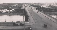 History Porn - Photograph of St Kilda Road, taken around 1900, looking south over Princes Bridge, towards St Kilda. : melbourne