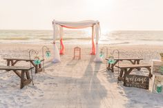 #beachwedding #simpleweddingsflorida #floridaweddings #weddingdecor Destin Florida Wedding, Florida Beaches, Beach Weddings, Simple Weddings, Wedding Planner, Destination Wedding, Anna Maria Island, Beach Ceremony, Treasure Island