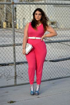 So in love with the jumpsuit and eye makeup <3  Plus size model Nadia Aboulhosn