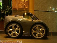 Mini lamborghini gallardo roadster, http://www.daidegasforum.com/forum/foto-video-4-ruote/503294-mini-car-macchinine-4.html