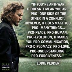 I love Eddie Vedder so much✌