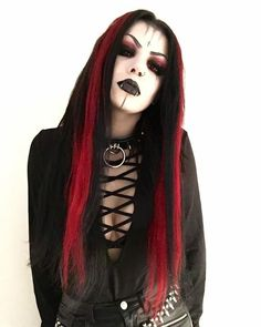 🕸 Down on my knees He hunts me down Now that I bleed for him I'm trapped, Forsake me🕸 Hot Goth Girls, Gothic Girls, Goth Beauty, Dark Beauty, Steampunk, Vampires, Rockabilly, Black Hair Dye, Gothic Fashion