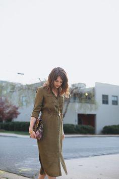 how to wear a midi dress || fashion || style || /polishedclosets/