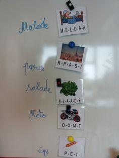 Lorsqu'on a déjà bien travaillé le son que produit la majorité des lettres de l'alphabet, on peut proposer aux élèves de manipuler en autonomie les «dictées muettes». (document PDF en bas de page) Le jeu est constitué de cartes rigides, … Continuer la lecture →