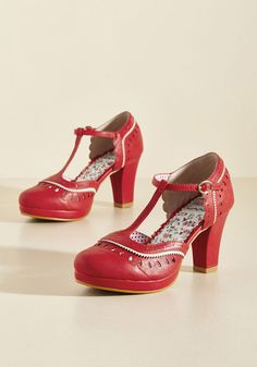 Vintage Style Shoes, Vintage Inspired Shoes Fact or Fashion T-Strap Heel $64.99 AT vintagedancer.com