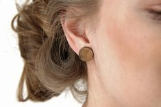 Check out our brass circle leather earrings selection for the very best in unique or custom, handmade pieces from our shops. Filigree Earrings, Wooden Earrings, Leather Earrings, Bronze, Deodorant, Rihanna Makeup, Eucalyptus, Wooden Hangers, Gold Eyes