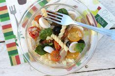 Bocados Caseros: Ensalada veraniega ligera de pasta fría y fresca