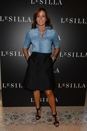 Cristina Parodi * Rainbow of celebrities to the presentation of the sublime Le Silla Collection Fall Winter Mode Outfits, Fashion Outfits, Womens Fashion, Dress Fashion, Look Camisa Jeans, Casual Dresses, Casual Outfits, Look Fashion, Formal Fashion