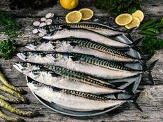 Slik steker du torsk og annen hvit fisk | Meny.no Fish, Meat, Pisces
