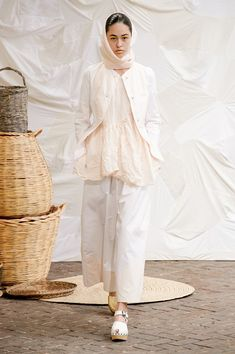 Kaftan, Work Wear, Fashion Show, Bell Sleeve Top, Normcore, Spring Summer, Chic, My Style, Outfit