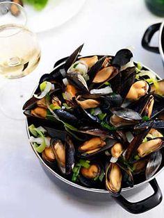 & e-commerce, PIM-systemen, Multishop, Multilingual e-commerce Dutch Recipes, Fish Recipes, Seafood Recipes, Cooking Recipes, Healthy Recipes, Clams Seafood, Fish And Seafood, Other Recipes, Great Recipes