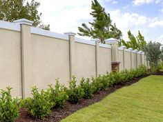 Easily add some elegance to your home projects with the help of this Veranda White Vinyl Windham Fence Panel. Fence Wall Design, Front Wall Design, Exterior Wall Design, Modern Fence Design, House Gate Design, Patio Design, White Vinyl Fence, Vinyl Fence Panels, Backyard Fences