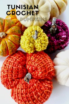 Crochet these cutie-pie pumpkins for your Fall decor!