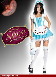 Alice Cooper in Wonderland! :)