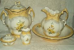 VINTAGE WASH BASIN and PITCHER SET with CHAMBER POT Large pieces and lovely❤ ❤ ❤ Got my second bathroom.