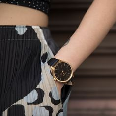 Introducing The Clique. A chic dial and custom seconds hand bring serious glam on a fun budget. Best Budget, Daniel Wellington, Glamour, Women's Watches, My Style, Leather, Sunglasses, Chic, Fun