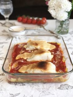 Spanish Kitchen, Spanish Food, Fish And Seafood, Bon Appetit, Lasagna, Food And Drink, Menu, Pudding, Breakfast