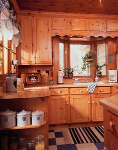 Grew up in a Knotty Pine Kitchen similar to this. Would love to incorporate this beautiful look somewhere in my house