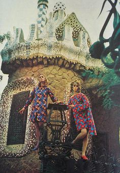 Fashion Editorial,photographed in Paris and inspired by Art Nouveau.Brazilian Magazine:Jóia,August 1967.