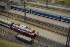 Irgendwo in Ungarn. Loki, Budapest, Train, Hungary, Model Train, Switzerland, Strollers, Curls