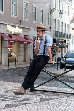 Hat boater outfit men ideas for 2020 Indie Fashion, Vintage Fashion, Mens Fashion, Vintage Style, Boater Hat, Dapper Day, Outfits With Hats, Hats For Men, Men Casual