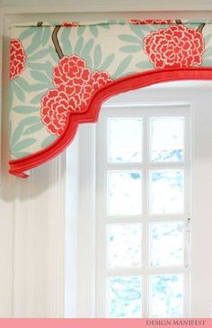 Love this adorable cornice!!