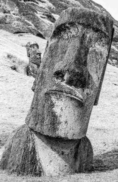 Moai at Ranu Raraku, Easter Island. Easter Island, Garden Sculpture, Buddha, Statue, Outdoor Decor, Photos, Home Decor, Art, Art Background