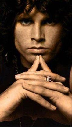 Jim Morrison em 1967. (scheduled via http://www.tailwindapp.com?utm_source=pinterest&utm_medium=twpin&utm_content=post22467414&utm_campaign=scheduler_attribution)