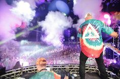 HDYNATION IN FULL COLOR. THANK YOU #LICMIAMI : @marincphoto by flosstradamus