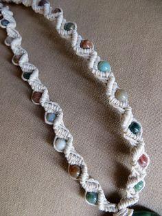 Hemp Macrame Jade Necklace with Indian agate - Natural Hippie Bohemian Hemp Necklace, Hemp Jewelry, Hemp Bracelets, Jade Necklace, Old Jewelry, Macrame Jewelry, Jewelry Crafts, Handmade Jewelry, Necklace Ideas