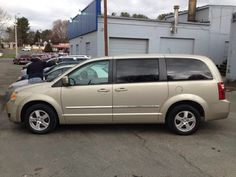 Dodge Caravan 2008.Call Arnie for pricing/financing or cash price details 540-351-0007. Check out the car on www.creditmaxsales.com