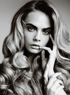 the #beautiful #caradelevigne and her infamous #boldbrows